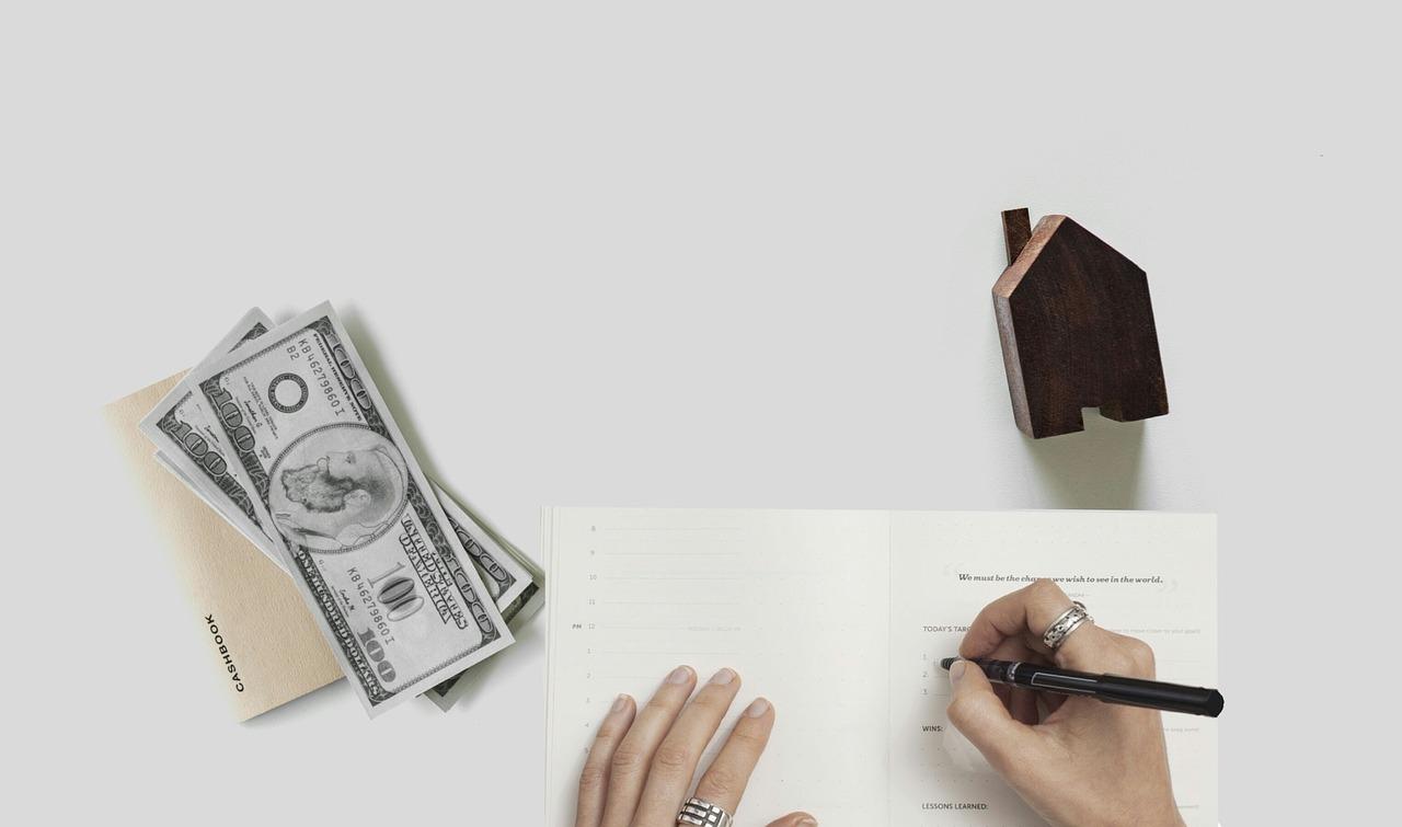 Tassi per mutuo acquisto casa mai così bassi: è arrivato il momento di andare dal Notaio per il rogito?