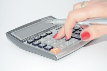 Calcolo di tasse e imposte sull'acquisto della casa e rogito notarile