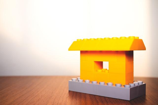 acquistare intera eredita dal notaio conviene rispetto all'acquisto singola casa, compravendita eredita