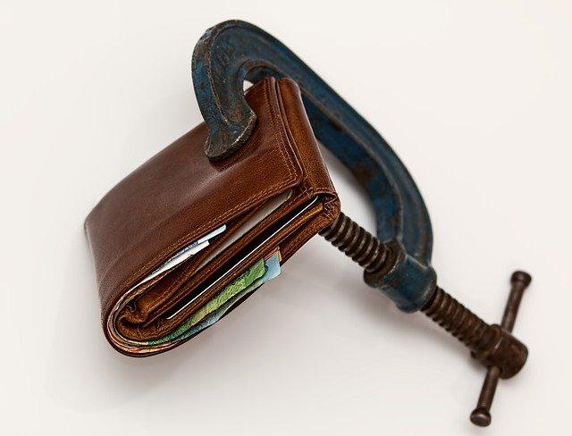 comunione legale acquisto beni con denaro personale atto notarile acquisto immobiliare