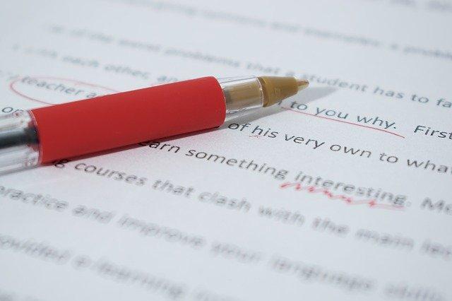 la rettifica degli atti notarili come correggerli e quanto costa farlo