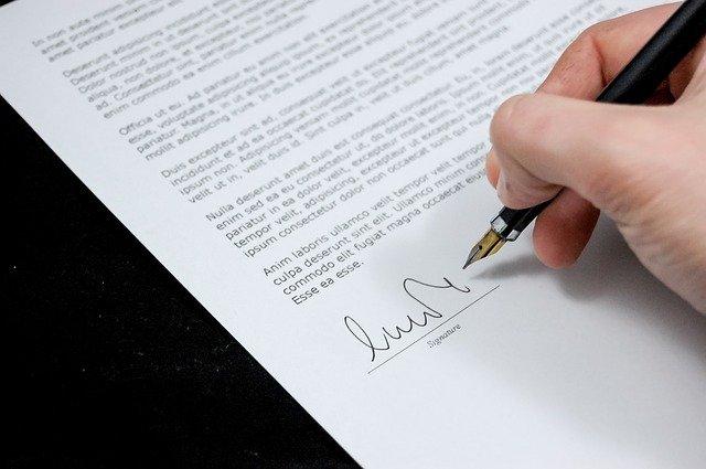 subentro nel contratto preliminare cessione compromesso dal notaio