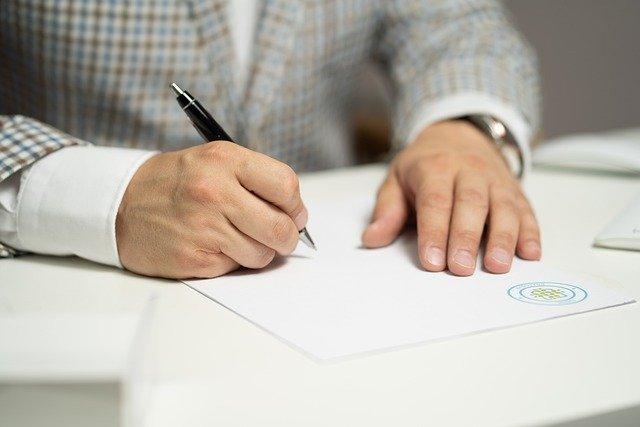 Trasformazione srl semplificata in srl ordinaria atto notarile